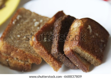 Toasted bread.