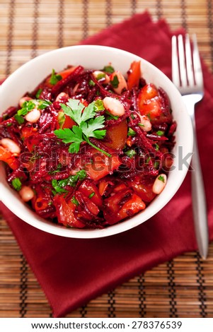 Tomato and beetroot salad