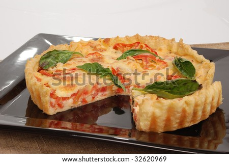 tomato pizza with basil