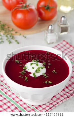 tomato soup with beetroot