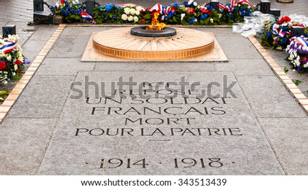 tomb of the unknown soldier in paris
