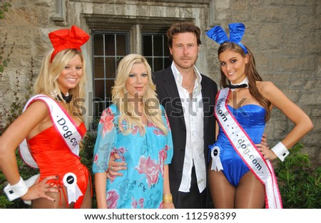 "Tori Spelling and Dean McDermott at the ""Bow Wow Wow"" Celebrity Fundraiser For Much Love Animal Rescue. Playboy Mansion, Los Angeles, CA. 07-14-07 - stock photo"