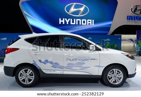 TORONTO-FEBRUARY 12: at the 2015 Canadian International Auto Show Hyundai Tucson Hydrogen refuels with hydrogen gas in minutes, range of over 420 km, and its only emission is pure water vapour - stock photo