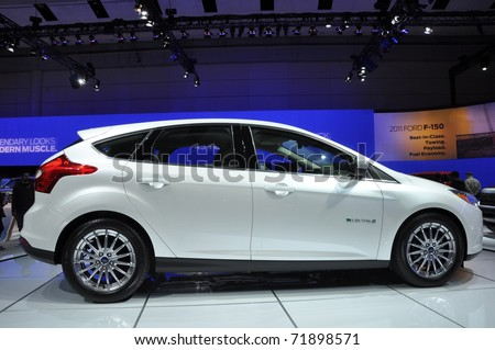 TORONTO - FEBRUARY 24 Ford Focus BEV an all new electric car at the & Ford Focus Electric Stock Images Royalty-Free Images u0026 Vectors ... markmcfarlin.com