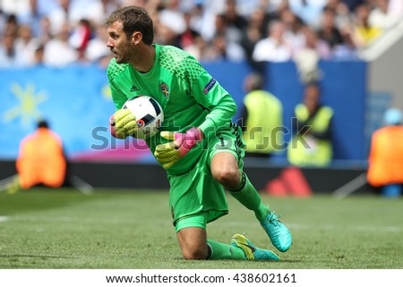 TOULOSE- FRANCE,  JUNE 2016 :   Isakssoon in action during football match  of Euro 2016  in France between ITALY VS SWEDEN at the Stade Municipal on June 17, 2016 in Toulose