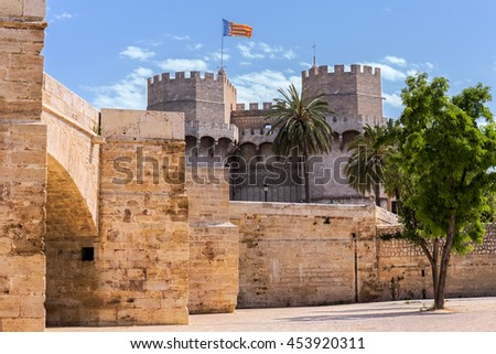 Tower of Serranos,  one of the twelve gates that formed part of the ancient city wall, Valencia, Spain