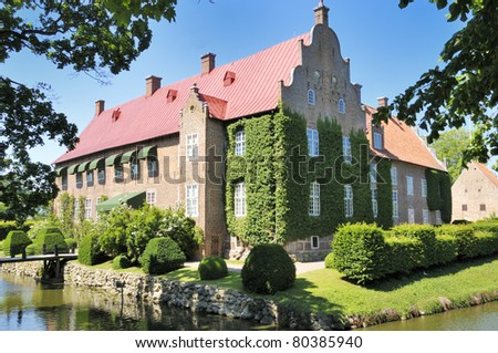 Tr. Lj. is one of Skaanes most magnificent renaissance Castles in the typical style of Chr. the 4. The Castle has a tale about a horn and a Pipe attached to it, the artifacts can be seen in the yard.