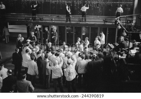 Traders bidding on commodity futures at Minneapolis Grain Exchange Minnesota. September 1939. - stock photo