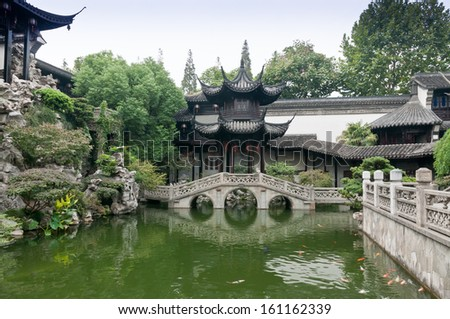 Traditional Chinese architecture, in the garden pond and pavilion