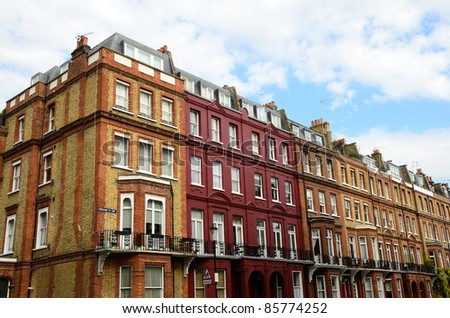 Traditional English Architecture in a Chelsea street in London - stock photo