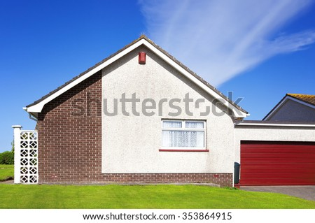 Traditional house in England - stock photo