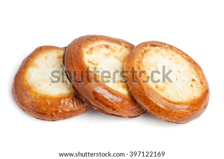 Traditional russian baking: round buns with cottage cheese (vatrushka) isolated on white background - stock photo