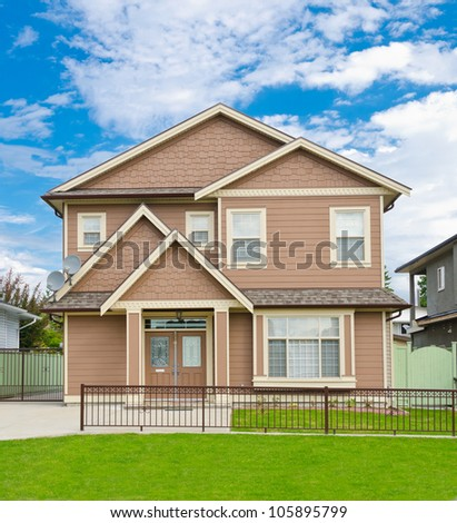 Traditional ( standard )  North American middle class home . - stock photo
