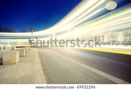 Traffic with high dynamic motion blur speed on street