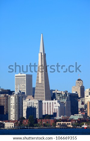 Transamerica building in San Francisco - stock photo