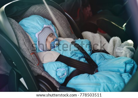 transportation of newborn in car in winter time