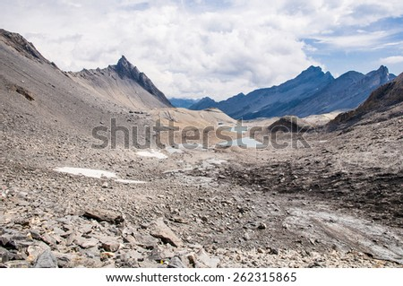 Trekking in the Muverans,Tour of the Muverans, Bernese Alps, Switzerland