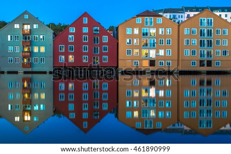 Trondheim house reflections