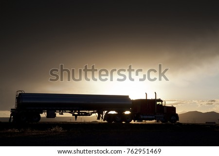 Truck rides into the Night
