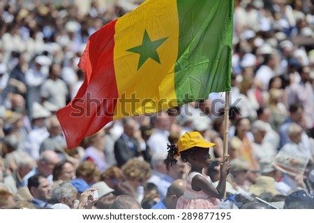 TURIN, ITALY - JUNE 21, 2015: Holy Father Pope Francesco Bergoglio visit Turin for the holy Shroud exhibition and the city cheers him with a joyful crowd in Vittorio Place. Pilgrims from Africa. - stock photo