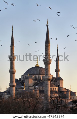 Turkey, Istanbul, Sultanahmet Imperial Mosque at sunset, also known as the Blue Mosque,  built in the 17th century by the architect Mehmet