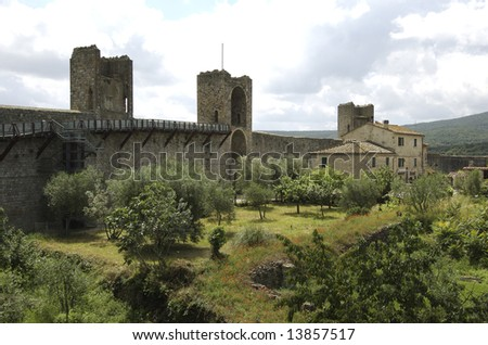 Tuscany Medieval Town - Monteriggioni - Italy