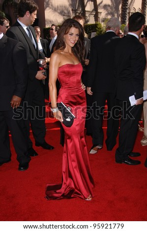 TV presenter SAMANTHA HARRIS at the 2006 Primetime Emmy Awards at the Shrine Auditorium, Los Angeles. 8 27, 2006 Los Angeles, CA  2006 Paul Smith / Featureflash