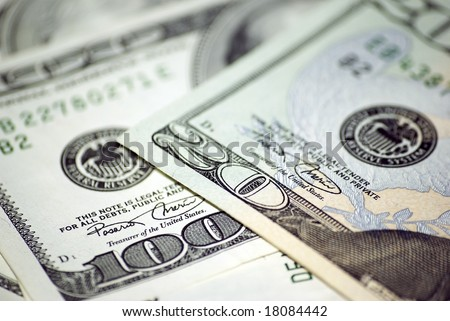 Twenty and one hundred dollars banknotes