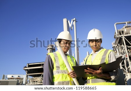two engineer  discussion on location site