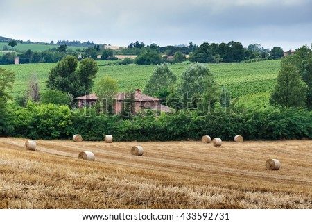 Typical Tuscan farmhouse in Italy - stock photo