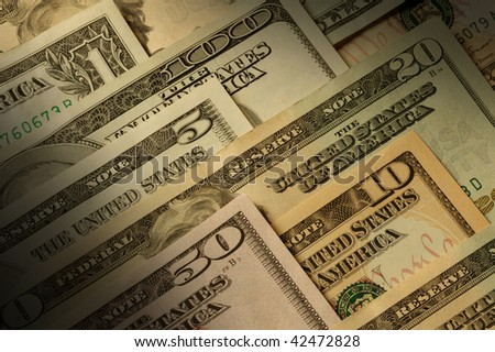 U.S. banknotes of various dollar denominations Horizontal