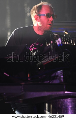 UKRAINE - OCTOBER 18: Tom Rowlands of  The Chemical Brothers performs within the framework of the DJUICE MUSIC DRIVE festival final concert on October 18, 2007 in Kyiv , Ukraine