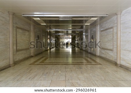 Underground pedestrian crossing with marble finish
