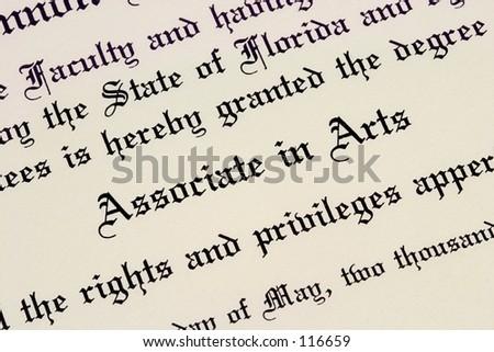 Une fin augmente d'un degré de l'Associé diplôme de collège. - stock photo