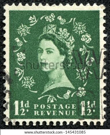 UNITED KINGDOM - CIRCA 1952: A stamp printed in United Kingdom shows portrait of Queen Elizabeth II, circa 1952 - stock photo