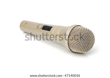 Universal dynamic microphone for a sound recording