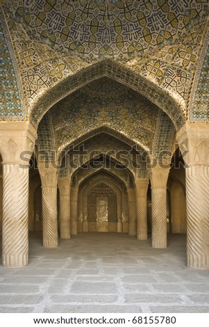 Vakil Mosque; Shabestan; pillars of Prayer Hall; Shiraz; Iran. Built between 1751 and 1773, restored in 19th century during Qajar period. Vakil = regent, title of Karim Khan, founder of Zand Dynasty - stock photo