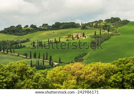 VAL D'ORCIA, TUSCANY/ITALY - MAY 21 : Farm in Val d'Orcia Tuscany on May 21, 2013
