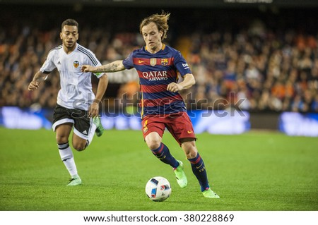 VALENCIA, SPAIN - FEBRUARY 10: Rakitic during Spanish Cup Semifinal match between Valencia C.F. and FC Barcelona at Mestalla Stadium on February 10, 2015 in Valencia, Spain
