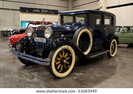 VALENCIA, SPAIN - OCTOBER 22: A 1929 Essex Super Six (value of 33,000 Euros) is on display at the 2010 Motor Epoca Classic Car Show on October 22, 2010 in Valencia, Spain. - stock photo