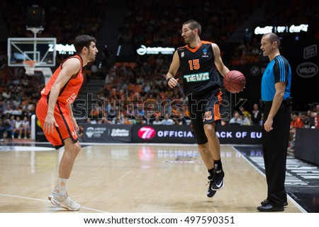 VALENCIA, SPAIN - OCTOBER 12th: Braydon Hobbs with ball during Eurocup match between Valencia Basket and Ratiopharm Ulm at Fonteta Stadium on October 12, 2016 in Valencia, Spain