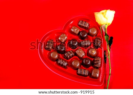 Valentines Roses - Candy - Gifts