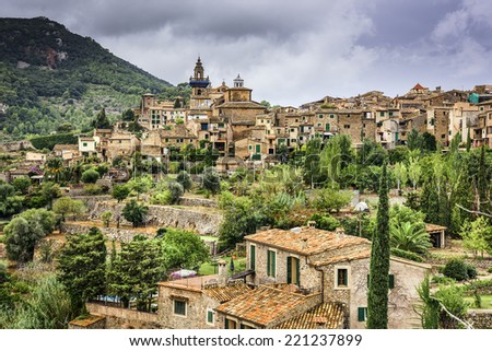 Palma mallorca stock images royalty free images vectors for Valldemossa mallorca