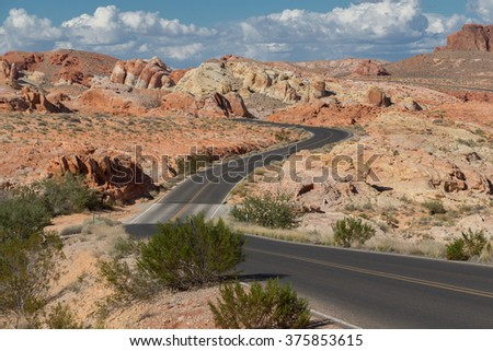 Valley of fire, road crossing