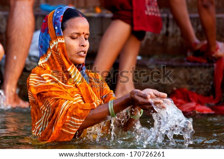 Ganga River Bath Bathing Colorful Hindu...