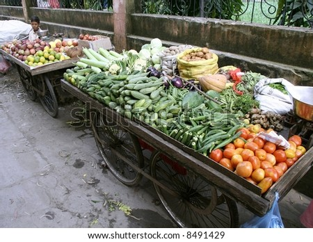vegetable market in rishikesh, india