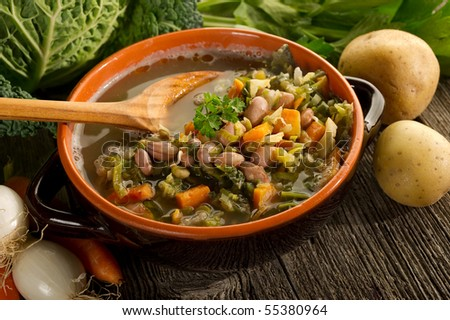 vegetables soup on bowl
