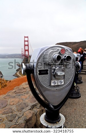 Vending binoculars in San Franciso Bay