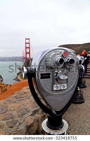 Vending binoculars in San Franciso Bay - stock photo
