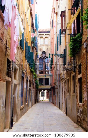 Venice - Picturesque narrow street